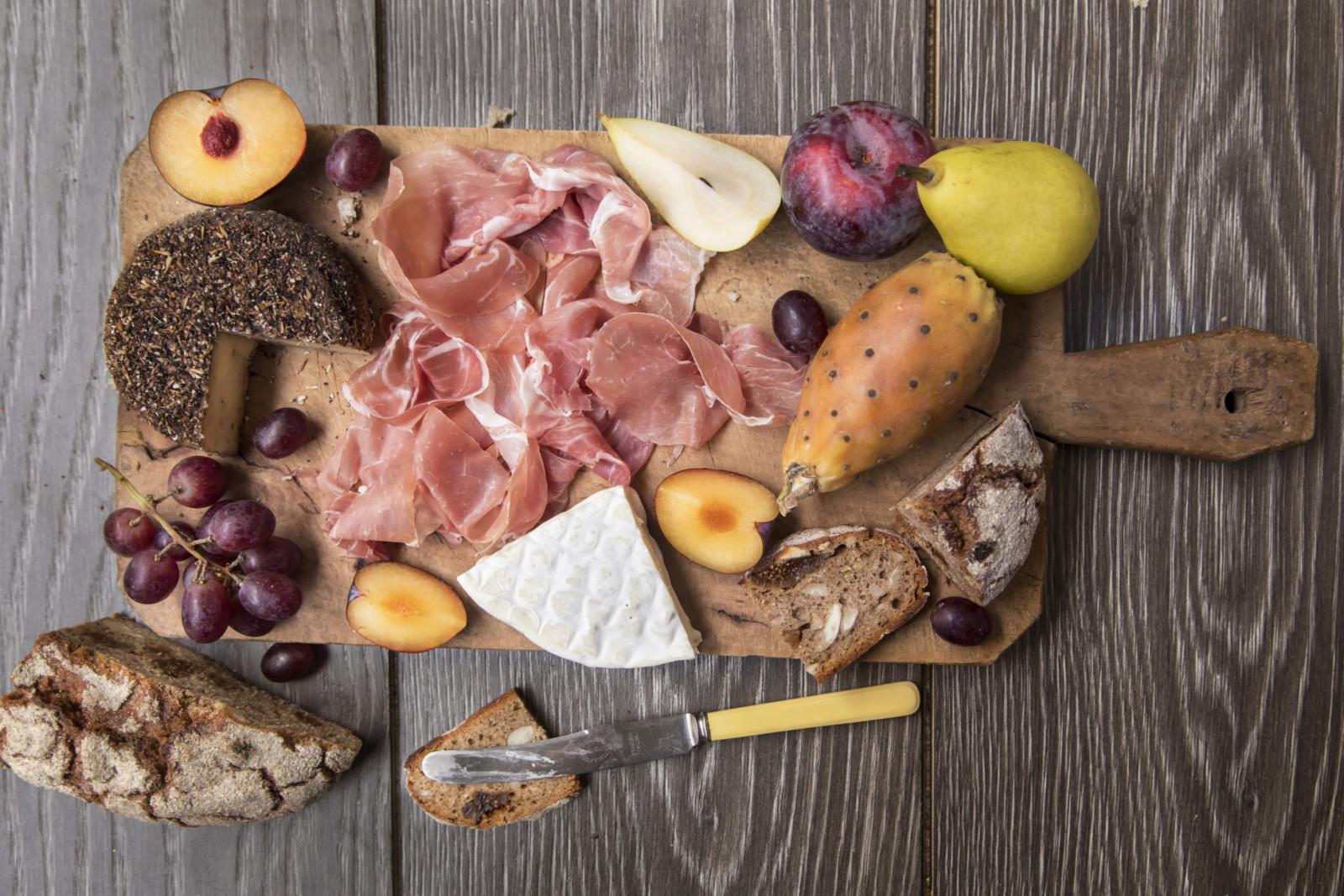 PROSCIUTTO DI SAN DANIELE DOP da degustare in purezza con…