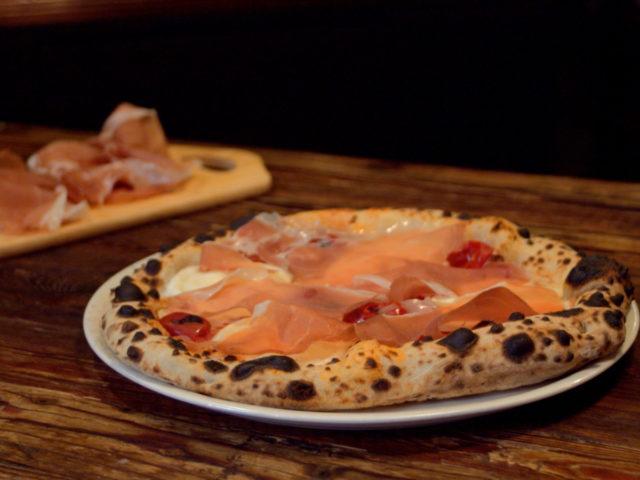 PIZZA con PROSCIUTTO DI SAN DANIELE DOP